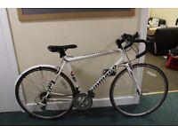 White Ammaco Road Bike. Great Condition.