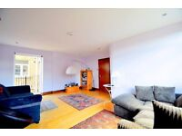 Large two bed apartment in central Islington N1
