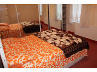 double bed room in 3 bed room house..Leyton
