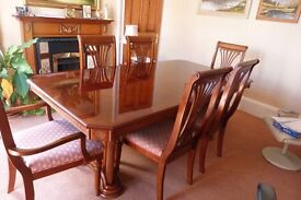 Lennox Court dining table c/w centre leaf, cherry mahogany finish, with four chairs and two carvers