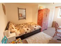 Lovely en suite bedroom for student/ young professional