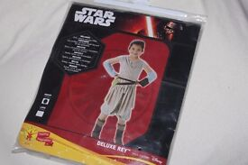 STAR WARS - Deluxe REY Child Fancy Dress Costume (Girls - M - 5-6 years) - THE FORCE AWAKENS - NEW