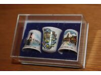 ABSOLUTE BARGAIN @ £1.99 FOR ALL 3 - BONE CHINA ISLE OF WHITE THIMBLES SET OF 3 IN DISPLAY CASE