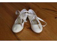 Girls Tap Shoes - size 11