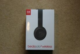 NEW Beats Solo 3 Wireless bluetooth headphones matte black