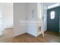 2 BEDROOM APARTMENT AVAILABLE NOW IN BRICK LANE SHOREDITCH LIVERPOOL STREET BRAND NEW INSIDE