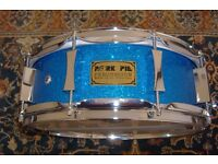 Gretsch acoustic kit, snare drums, Istanbul cymbals, various drum items.