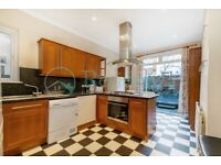 SW17 8TN - ESYWN ROAD - A STUNNING 4 DOUBLE BED HOUSE WITH PRIVATE GARDEN - VIEW NOW