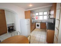 3 bedroom flat in Heriot Road, Hendon, NW4