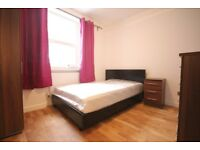 THREE DOUBLE ROOMS 2MINS TO WESTFIELD SHOPPING CENTRE   £170PW ALL BILLS INC   SINGLE USE ONLY