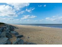 UK Great Yarmouth Norfolk self catering holiday let luxury chalet September October walk beach & pub