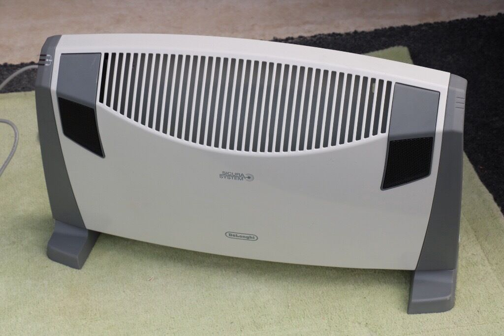 Delonghi electric heaterin Knaresborough, North YorkshireGumtree - Delonghi electric fire only used once Make Delonghi 2553 FTS 3 kilo watts Cost £70 accept £25