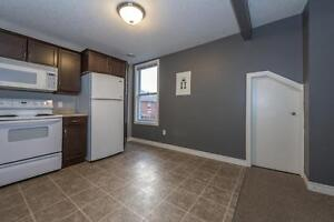 GORGEOUS 2 BEDROOM APARTMENT BY WORTLEY London Ontario image 12