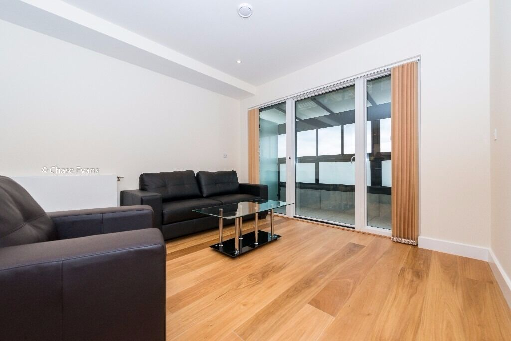 @ Greenwich Millenium Village - Stunning One Bedroom Apartment - Modern Finish - Close to O2!