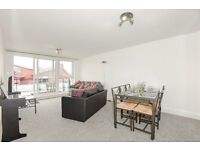 Two Double bedroom, riverside flat in Smugglers Way, SW18 £1750pcm available from 8th June 17
