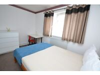 Bright 5 Bedroom House Close To Aldgate Highly Recommended To View Available From August
