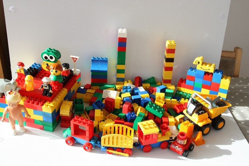Lego Duplo 3kg 300g - All clean and genuine Mixed Bricks and Shapes - bulk lot