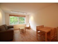 **Spacious 1 bedroom flat with separate living room/kitchen and LOT of storage only £299pw!!***