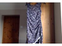Lipsy Body con Lace Navy and White Dress, size 12