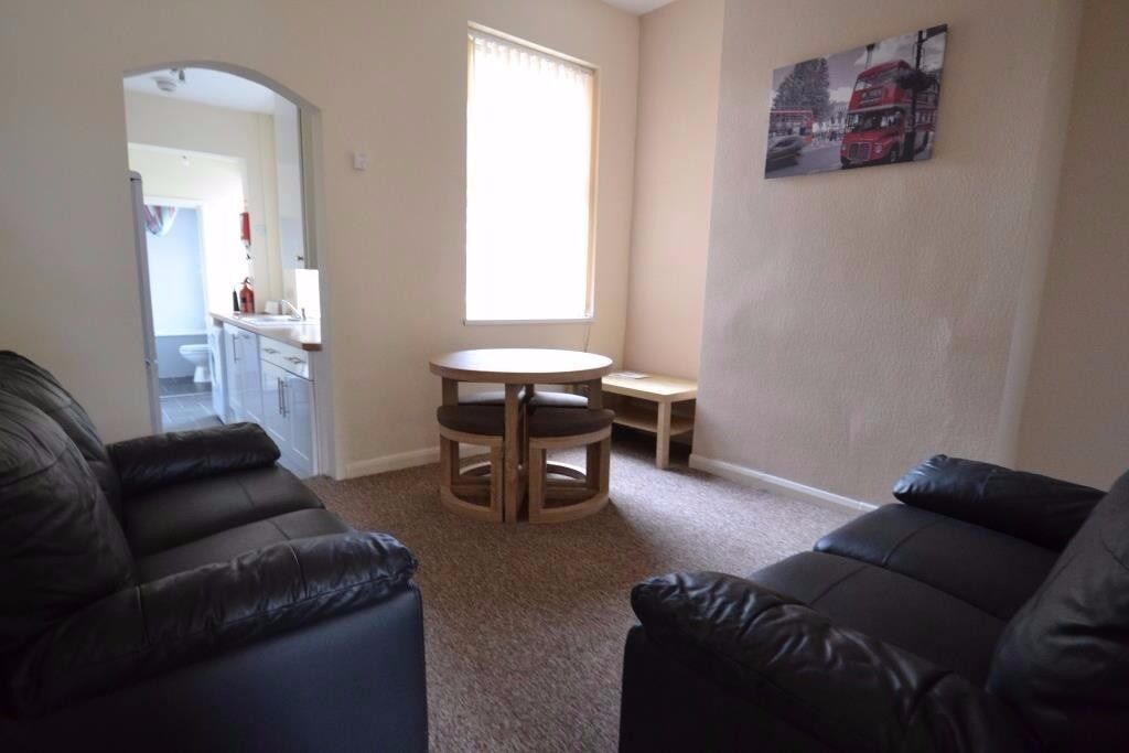 Spacious 4 Double Bedroom Student House, Westminster Road, Selly Oak 2017 - 2018
