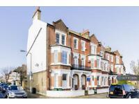 2 bedroom flat in Wandsworth Common Westside, London, SW18 (2 bed)