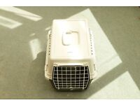 Cat or Small Dog Basket - £10.00
