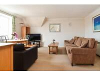 2 bedroom flat in Meadow View, Water Eaton Road, Oxford