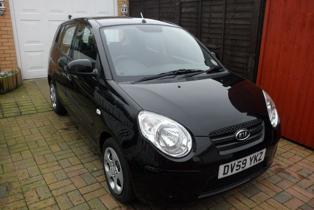 kia picanto 2 1 0 5 door in black automatic lady owner 2009 in hessle east yorkshire gumtree. Black Bedroom Furniture Sets. Home Design Ideas