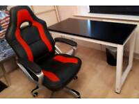 Computer chair and table