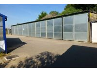 LARGE STORAGE UNITS TO LET
