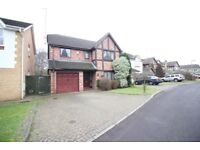 BEAUTIFUL DETACHED 4 DOUBLE BEDROOM, 3 BATHROOM & 2 RECEPTION HOUSE- WEYBRIDGE BYFLEET BROOKLANDS