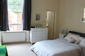 AMAZING 1 BEDROOM FLAT IN KENSINGTON OLYMPIA/ WEST KENSINGTON