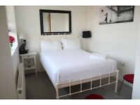Double Room Available for rent in Earl's Court
