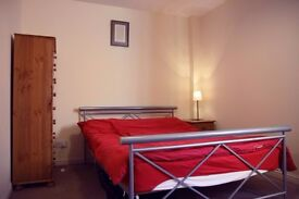 Double Bedroom in Glasgow West End