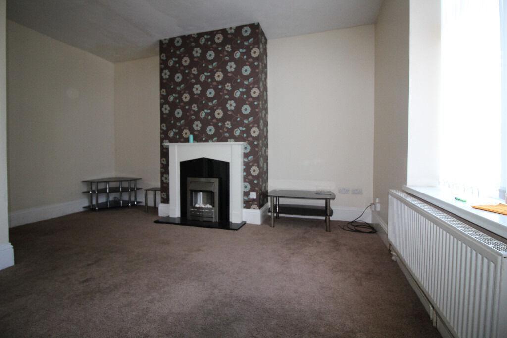 Mid Terrace House - Reduced Rent - Bradford Road, Hillhouse, HD1