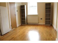 FANTASTIC GREAT VALUE 1 BED FLAT NEAR ZONE 2 NIGHT TUBE, TRAIN, 24 HOUR BUSES 15 MINS TO C. LONDON