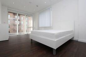 🆕LUXURY DOUBLE ROOM FOR COUPLE IN ROYAL DOCKS -ZERO DEPOSIT APPLY- #95 Samuel