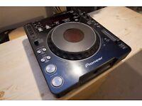 Pioneer CDJ 1000 MK2 CD Deck. Spares or Repairs