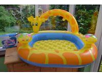 As New - Intex Splash/Swimming/Paddling Pool for baby/toddler