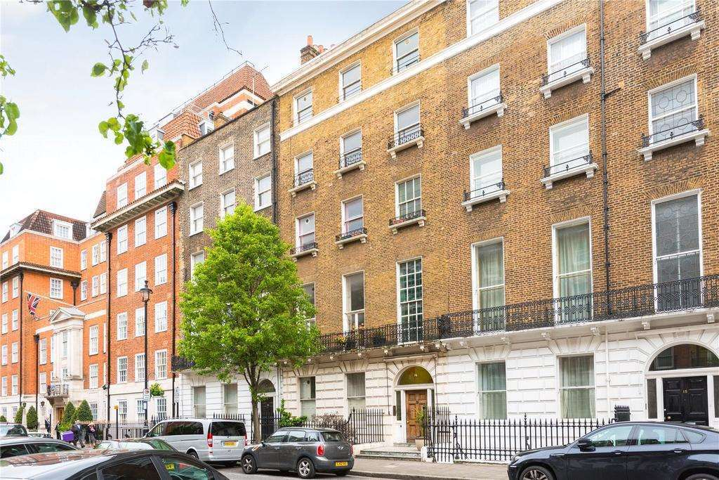 2 bedroom flat in Devonshore Place, Marylebone