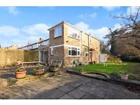 A four bedroom period house to rent in Kingston. Liverpool Road.