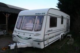 Rallye GTE 590/4 caravan.