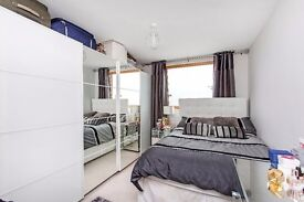**Superb bright and modern one bedroom apartment - must view**