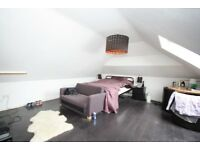 Large double room with lock and ensuite situated a stone throw away from horsforth train station.