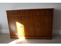 Beautiful slimline solid wood sideboard in excellent condition