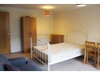 Spacious room available now!! No fees - low deposit