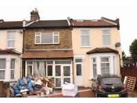 FIVE DOUBLE BEDROOM HOUSE WITH OFF STREET PARKING!