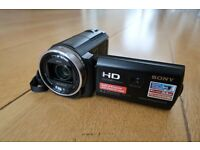 Sony HDR-PJ530E Camcorder Bundle inc Case, Tripod, 3x Extra Batteries & Charger