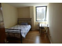 **ALL BILLS INCLUDED** Fully Furnished, Beautifully Presented Double Room In Commercial Road ZONE 2