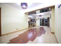 MASSIVE FOUR BED HOUSE WITH PARKING/GARDEN/GARAGE -GREAT TRANSPORT HEATHROW HOUNSLOW HESTON CRANFORD